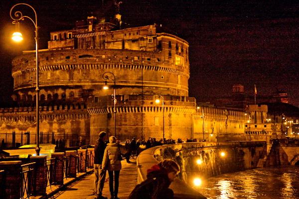 Caste Sant'Angelo, illuminazione