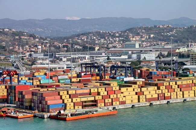 container porto spezia
