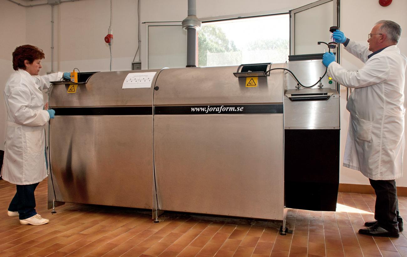 Compostatore ENEA per riciclaggio rifiuti organici