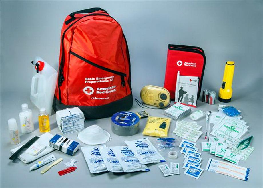 Uno dei kit di emergenza in vendita sul sito della Croce Rossa americana