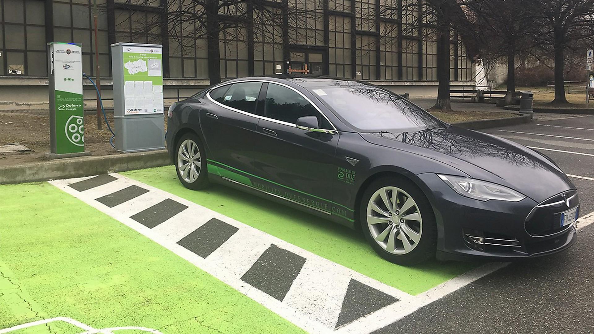 ricariche auto elettriche